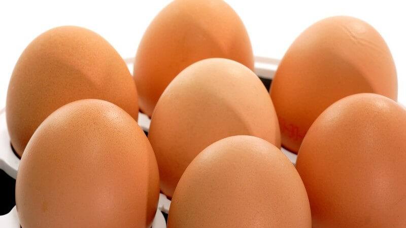 Sieben ganze Eier