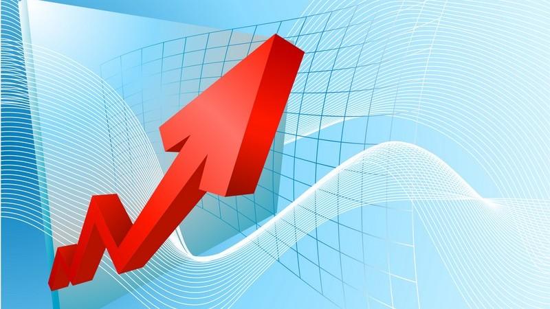 Grafik roter Pfeil auf hellblauem Hintergrund - Steigender Aktienkurs