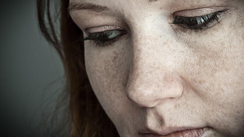 Gesicht einer traurigen Frau