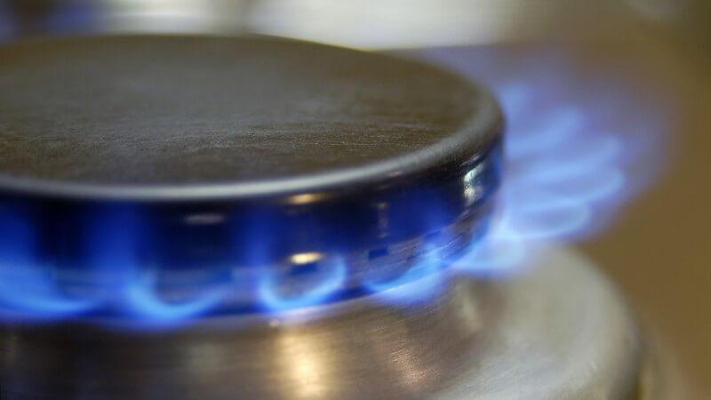 Nahaufnahme Flamme von einem Gaskocher