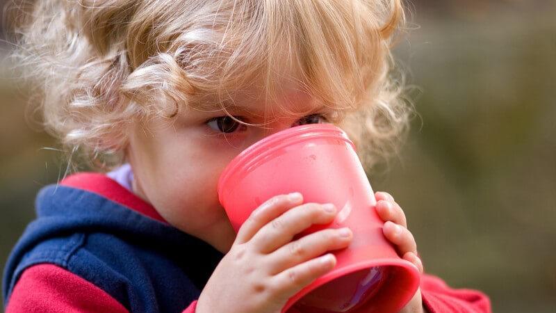 Kind Trinkt Zu Wenig
