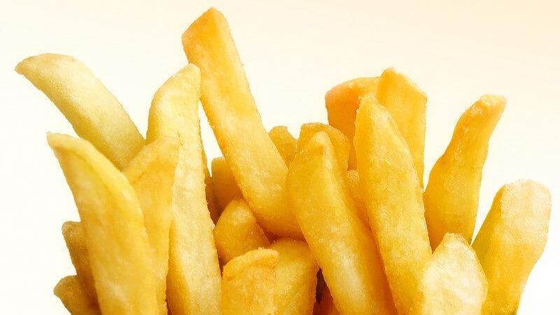 Goldgelbe Pommes Frites